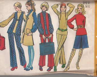 Mod 1970s Vest Flared Pants Centre Pleat Skirt and Shopping Tote Bag Simplicity 9611 Bust 34 Sewing Pattern