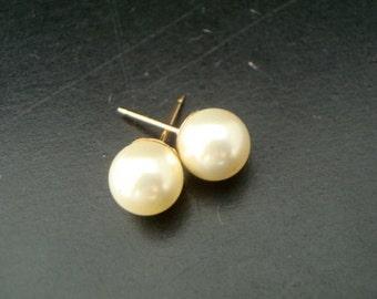 Pearl Earrings, Bridal classic Earrings, Bridal stud Earrings, swarovski pearl earrings, Wedding Pearl Earrings, vintage style, MAKAYLA
