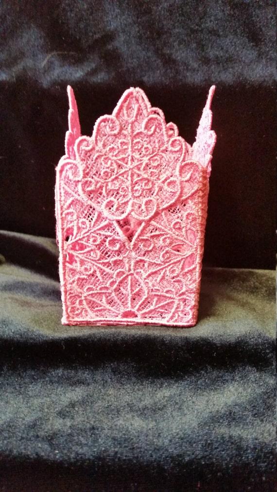 B001. Pink lace tealight holder.