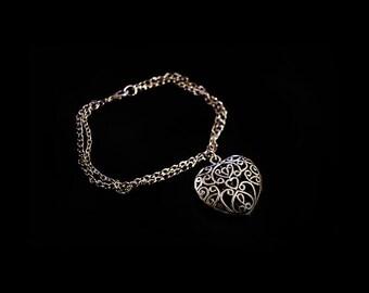 Caroline's Vervain Bracelet - Filligree heart bracelet - The Vampire Diaries