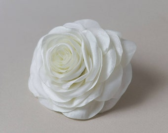 Ivory rose hair clip - Bridal hair flower - Wedding hair accessory - Rose hair flower - Bridal hair clip