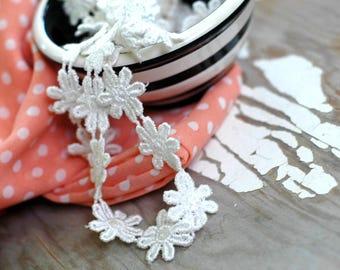 Daisy trim 5 yards - Venise Daisy trim - Venise Daisy flower trim - Off white Daisy trim - Vintage Daisy trim - Vintage lace - Ivory Venise