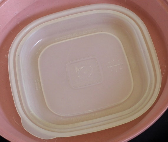 Rubbermaid Microwave Servin Saver Dishes 4 oz Bowl 28 oz