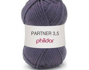 phildar wool partner 3.5 wool color polka dot bow.