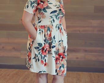 Women's Floral Dress - Women's Maxi Dress, Women's Floral Dress, Vintage Maxi or Knee Length Dress