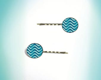 2 hair clips - vintage - cabochon ' pattern: Waves '