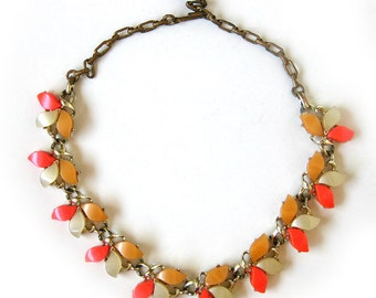 Vintage 50s 60s Pink and Orange Necklace Choker Gold Tone Metal