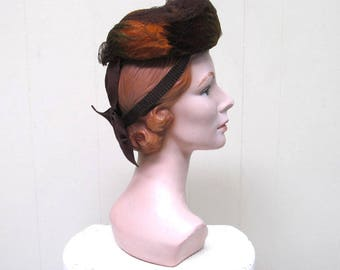 Vintage 1940s Hat / 40s Earthtone Feather Toque with Bow