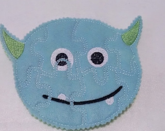 Monster Felt Puzzle game - Perfect for party favors - school treats - busy bags or quiet books - learning activity #P798