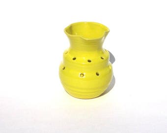 Ikebana Step Vase  - Knock Your Hat In The Creek Yellow Glaze