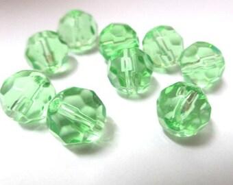 faceted light green glass 8mm 10 beads