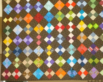Diamond Patchwork Quilt - Full Size with Dark Gray Backgound