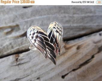 ON SALE Angel wings ring in sterling silver