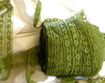 """Green Lace, Fold-Over Lace, Vintage Lace, Olive Lace, Flat Lace, Sewing Lace, Lace Trim,  Lingerie Lace, Notions, 1-1/2"""" wide - 3 yards"""