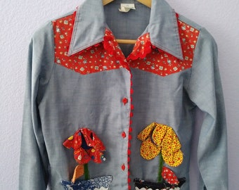 Vintage 70s GROWING GIRL Permaprest Patchwork Floral Bird Butterfly Button Down Shirt Size S
