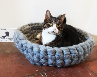 Grey Cat Bed Cat Cave Bedding Cat House basket with free Ball 100% wool