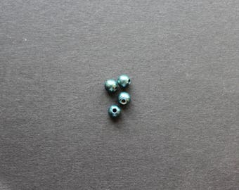 Set of 4 turquoise color pearls 5 mm
