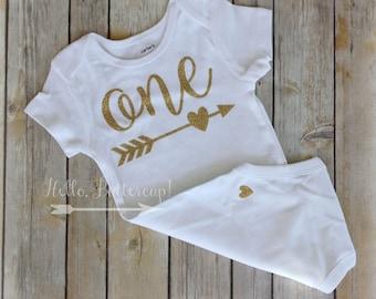 Gold first birthday bodysuit, Glitter gold One shirt, Girls first birthday outfit, Cake smash photo prop, Gold Birthday Outfit, Tribal One