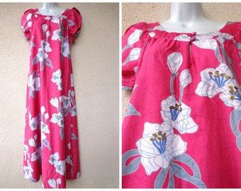 1970s Hawaiian DRESS. Hawaiian MuuMuu. Hawaiian Caftan. Tent Dress. Vintage Muu Muu. Pink Hawaiian Dress.  Floral Print MuuMuu. Short. M