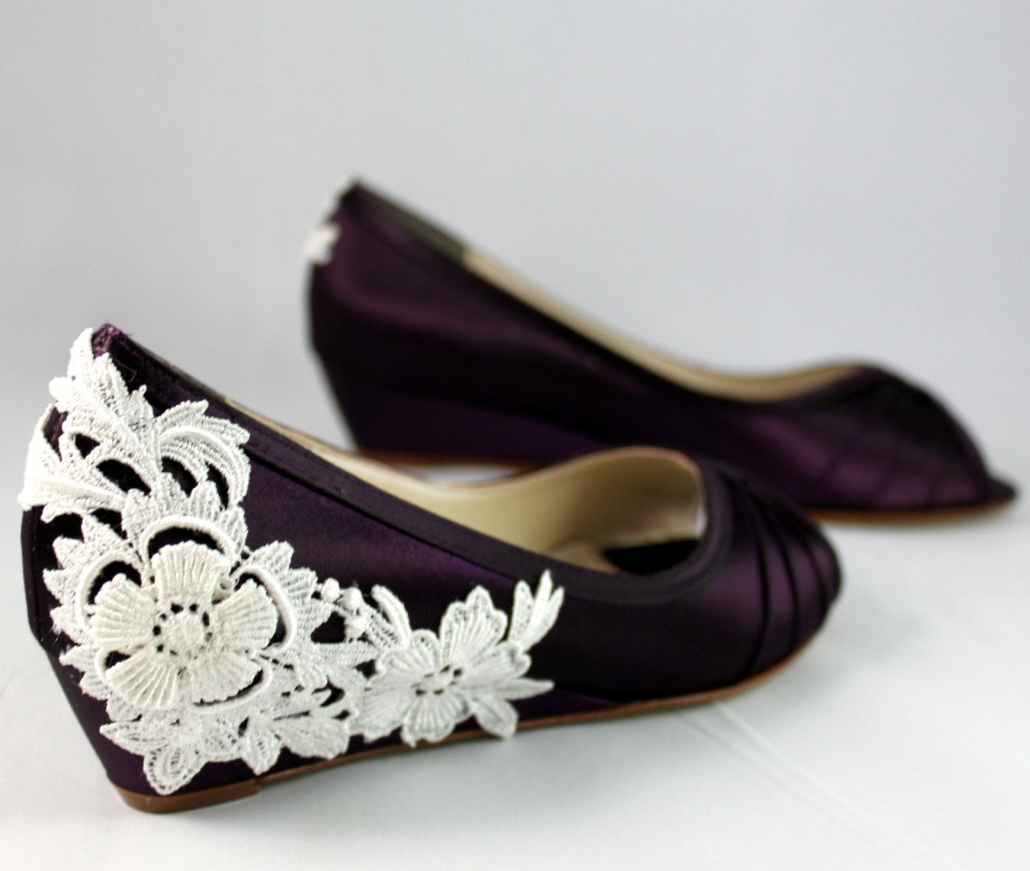 Purple Wedding Shoes Wedge Low Heel    1 Inch Wedge Shoes Ivory Lace Heel   Size 6.5