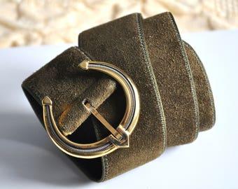 Vintage 80s olive green suede leather belt, L'Aiglon belt, Made in France, high waist chunky belt with a gold belt buckle, boho belt