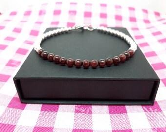 Garnet bracelet/garnet jewellery/january birthstone/mothers day gift/personalised bracelet/stacking bracelets/bracelets for women.