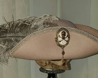 Pirate, Steampunk, Marie Antoinette, Baroque, 18th century tricorn