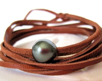 Tahitian Pearl Bracelet, Black Pearl Bracelet, Leather Pearl Bracelet, Leather Wrap Bracelet, Pearl Leather Bracelet, Leather Pearl Jewelry
