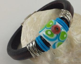 Leather Bracelet Regaliz Lampwork Bead blue, green, white, comtemporary