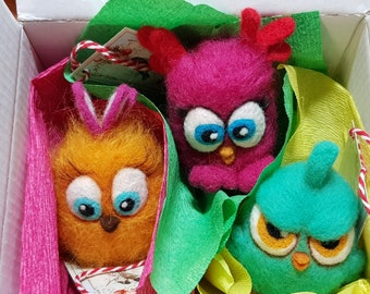 The bird from Angry Birds Children,  Angry Birds wool toy, chicken wool, Easter chicken, Easter chicken gift