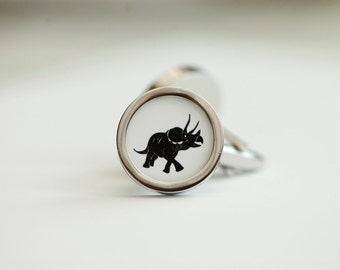 Triceratops Dinosaur on cufflinks - Dinosaur cufflinks, Men's Cufflinks,  Husband, Wedding gift, Novelty cufflinks for him