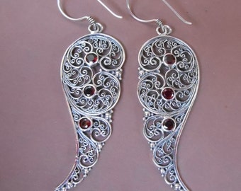 Bali Sterling Silver dangle Earrings / silver 925 Garnet stones / Balinese handmade jewelry / floral design / 2.35 inches long