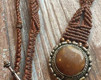 Necklace, Macrame pendant necklace, gemstone necklace,  pendant necklace, macrame jewelry,  boho necklace, hippie necklace, mixed metal