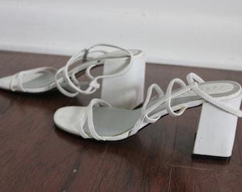 90s Strappy White Block Heel Sandals 7.5