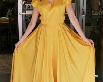 1940s Vintage Yellow Rayon Formal Gown Prom Dress - Size 2 to 4