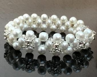 Elegant Pearl Bracelet With Sew-on Crystals