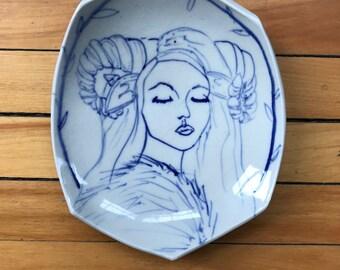 Horned girl plate