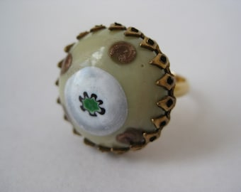 Pretty Round - vintage ring - size adjustable