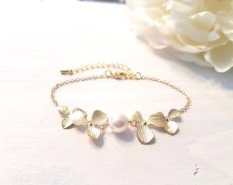Pearl bracelet ,Rose Gold bracelet, Orchid braceleet, Flower bracelet, Wedding, Bridesmaid gifts