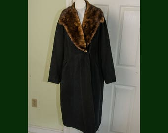 Vintage Woman's 1930's Black Wool Coat with Fur Collar