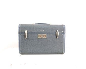 Vintage Train Case | 1940s Samsonite Gray Tweed Train Case with Key