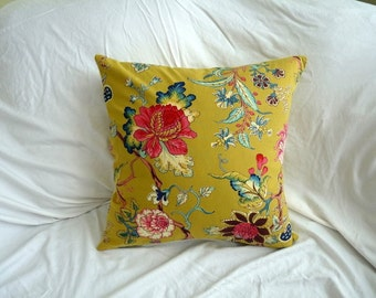 18 x 18 inch pillow cover with zipper closure