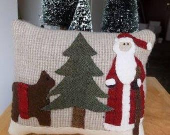 Woolen Pinkeepers Santa and Reindeer Kit & Pattern