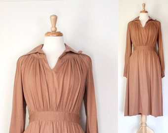 Vintage Dress / 60s Dress / 60s Vintage Dress / 60s Knit Dress / Long Sleeve Dress / Shirt Style Dress / Beige / 60s Day Dress / Size Small