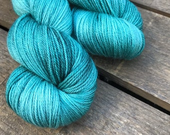 Salzbrise - Superwash Blue Faced Leicester, Silk & Cashmere Splendiferous Sock 100g