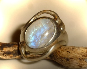 Ring with Rainbow Moonstone, unique, white labradorite, moonstone, ring
