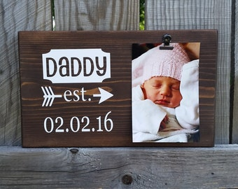 Father's Day Picture Frame gift! Gift for dad, photo board, picture with clip, gift husband, first fathers day gift for grandpa EST7x12