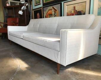 "MID CENTURY MODERN 84"" White Vinyl Sofa (Los Angeles)"