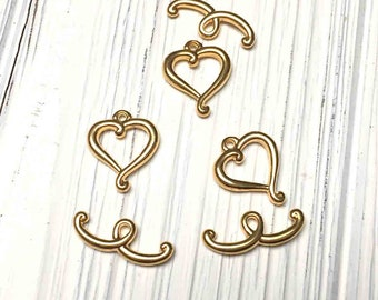 Gold Plated Heart Toggle Clasps. Clasps. Gold Plated Findings. Lot of Three (3).