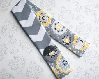 Reversible Camera Strap Cover with Lens Cap Pocket - Photographer Gift - Yellow Flowers with Gray Chevron